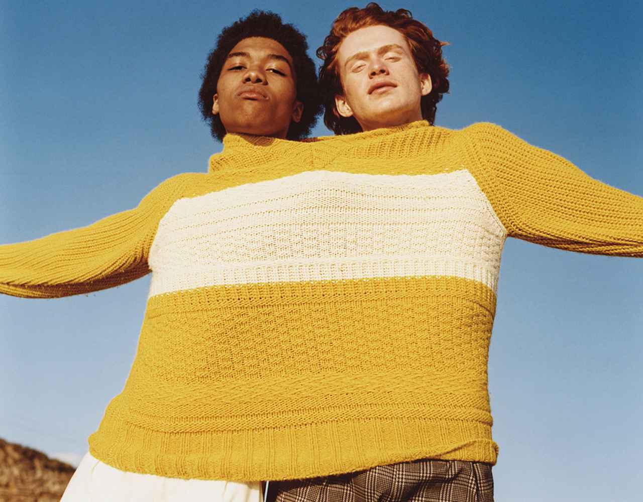 """Images : 2番目の画像 - 「今年のニットはグランジ旋風! キーワードは """"ラフさ""""と""""手の温もり""""」のアルバム - T JAPAN:The New York Times Style Magazine 公式サイト"""
