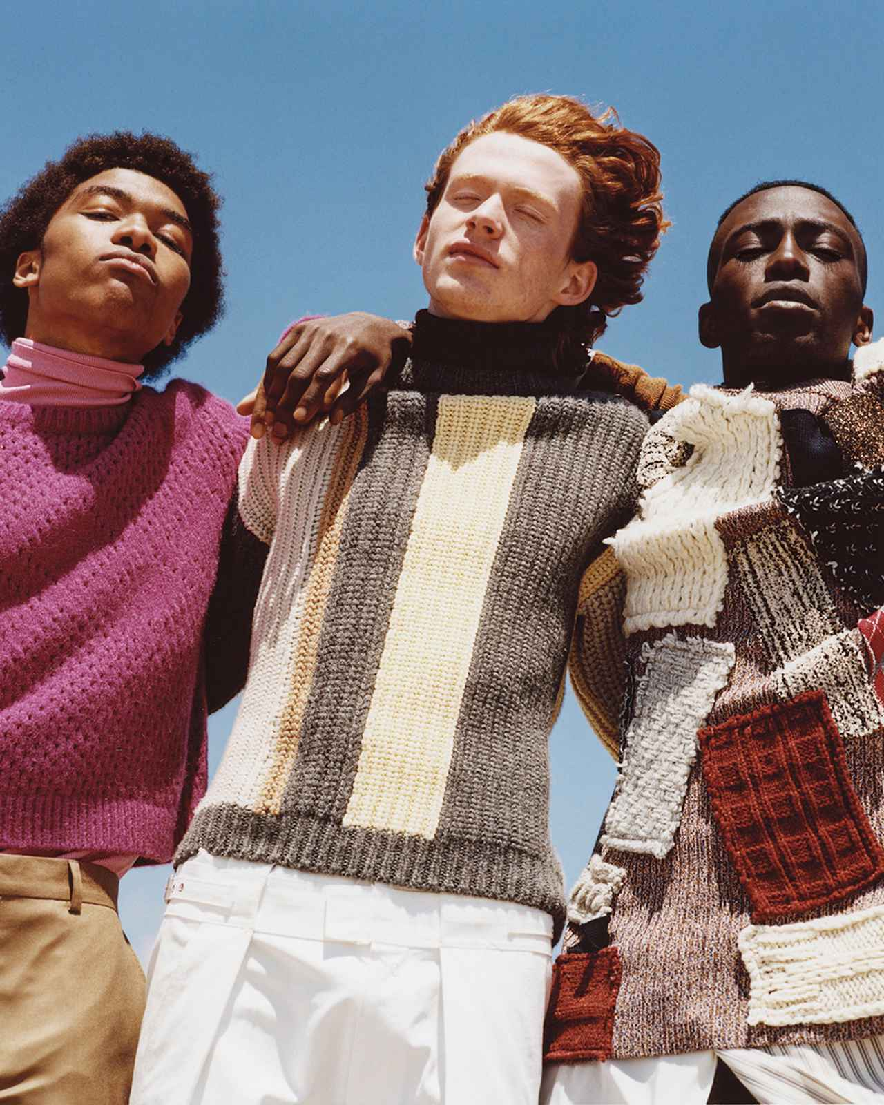 """Images : 4番目の画像 - 「今年のニットはグランジ旋風! キーワードは """"ラフさ""""と""""手の温もり""""」のアルバム - T JAPAN:The New York Times Style Magazine 公式サイト"""