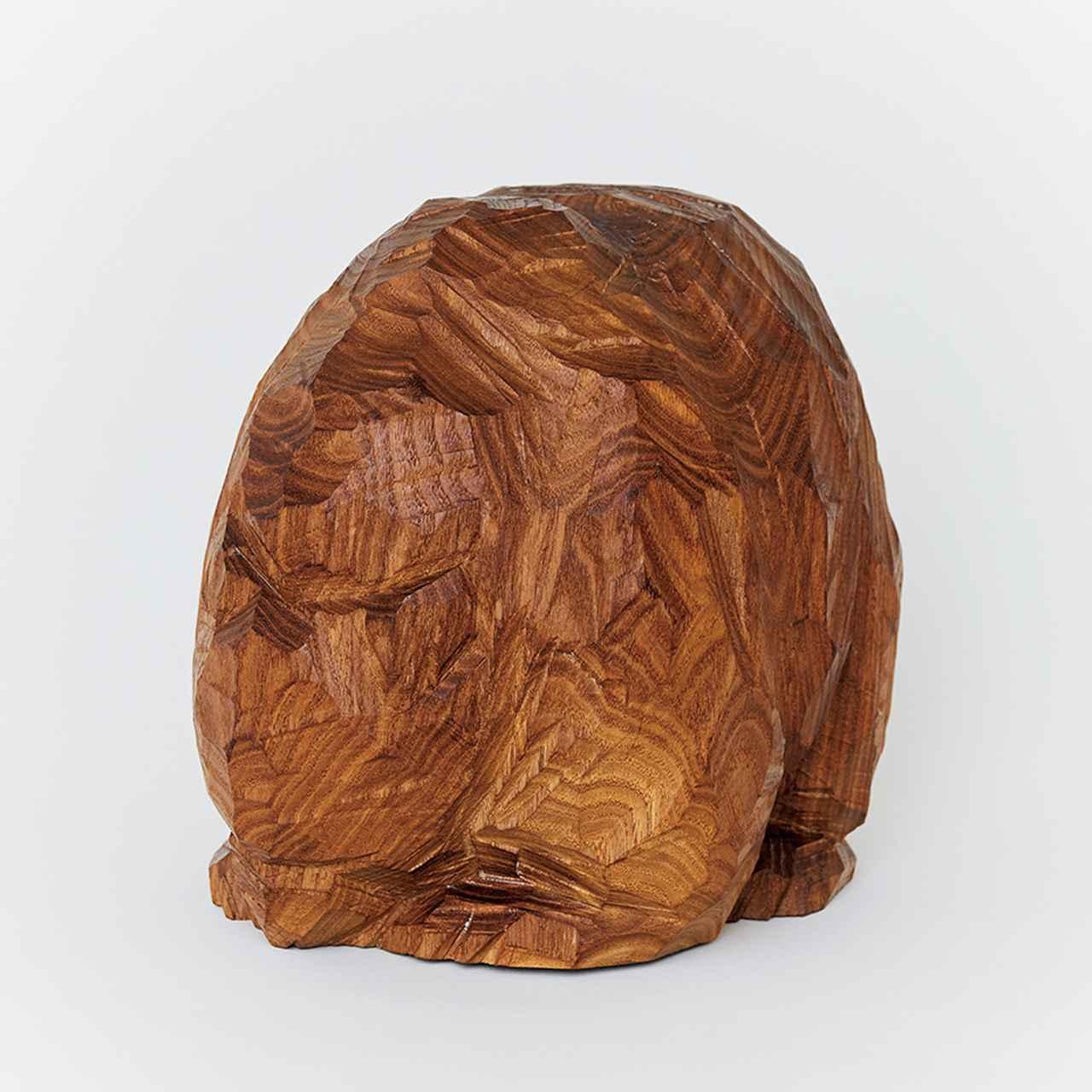 Images : 5番目の画像 - 「連載 Vol.10 コレクションは持ち主を語る。 編集者、安藤夏樹の木彫り熊」のアルバム - T JAPAN:The New York Times Style Magazine 公式サイト