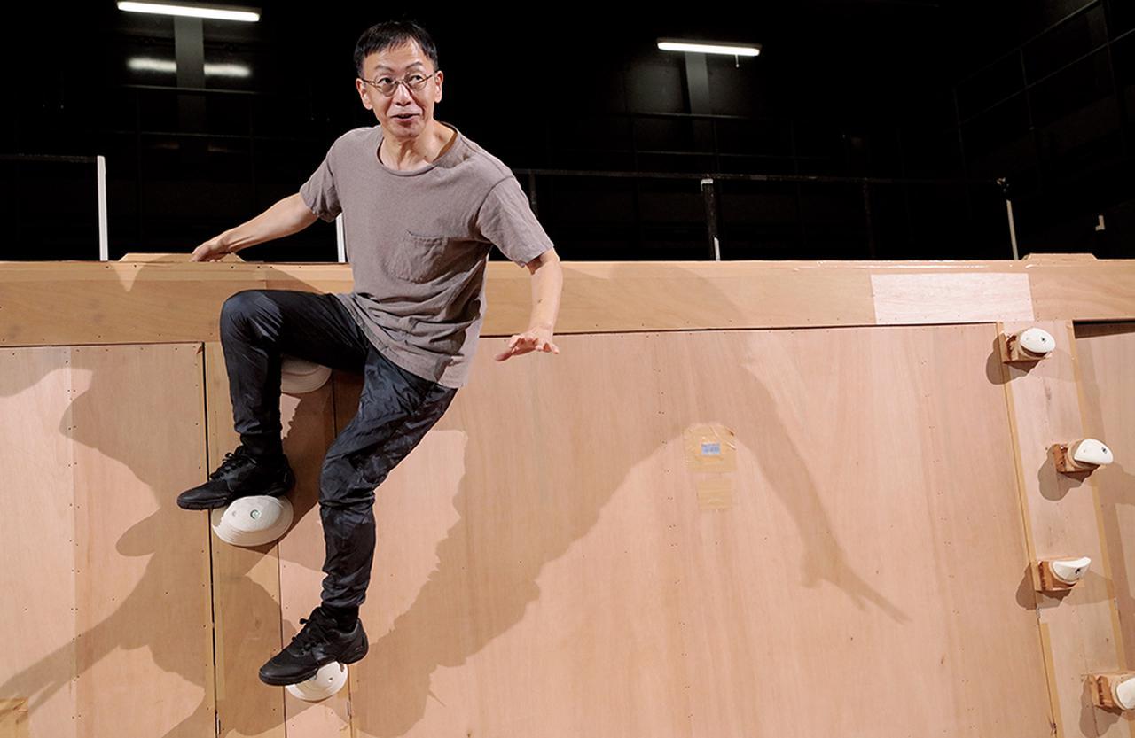 Images : 2番目の画像 - 「クイーンの名盤を舞台化。 疾走する劇作家、野田秀樹の挑戦」のアルバム - T JAPAN:The New York Times Style Magazine 公式サイト