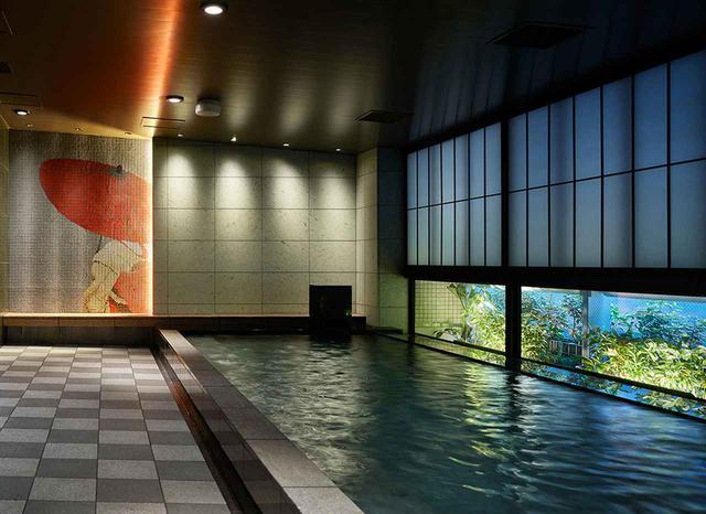 画像: 広くてゆったりとした大浴場(男女別)。銀座にいることを忘れる、寛ぎの時が流れる