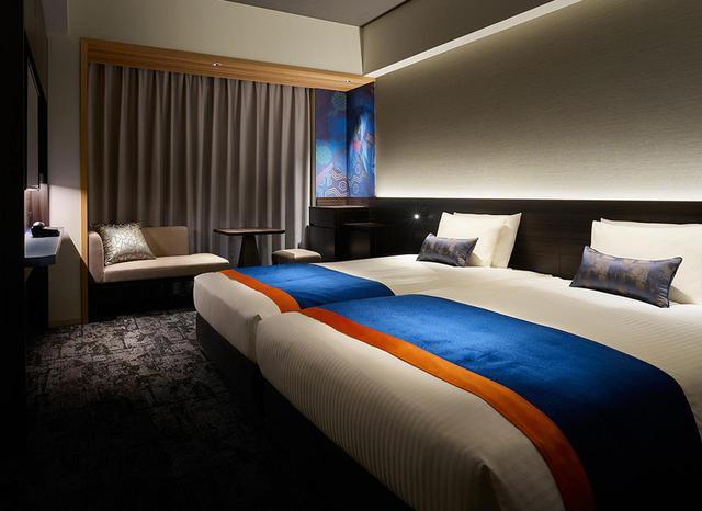 画像: 「モデレートツイン」<24.7㎡> 歌舞伎の「連獅子」をイメージしてデザインされた客室