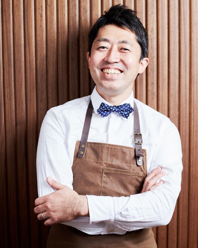 画像: 入江 誠(MAKOTO IRIE) 1975年生まれ。1995年「クイーン・アリス」に入店。1999年に渡仏し、「ルカ・キャルトン」「プチニース」などで修業。帰国後、2005年に南青山「ピエール・ガニェール・ア・東京」の料理長に就任し、ミシュラン二ツ星を獲得。2019年より「ARBOR」のエグゼクティブ・シェフを務める
