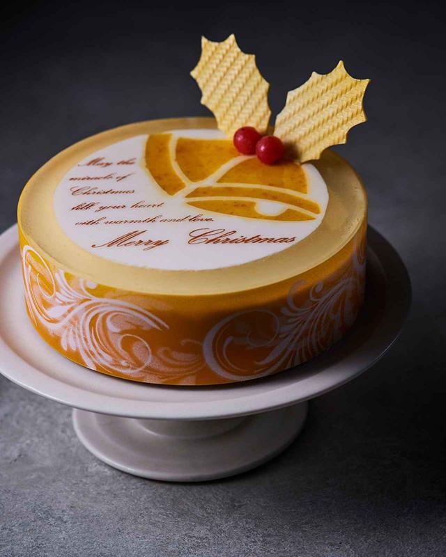 画像: 「レアチーズ for Christmas」<直径15cm>¥4,600 ザ・キャピトルホテル 東急 ペストリーブティック「ORIGAMI」 TEL. 03(3503)0208(11:00~20:00/土・日曜、祝日~18:00) COURTESY OF THE CAPITOL HOTEL TOKYU