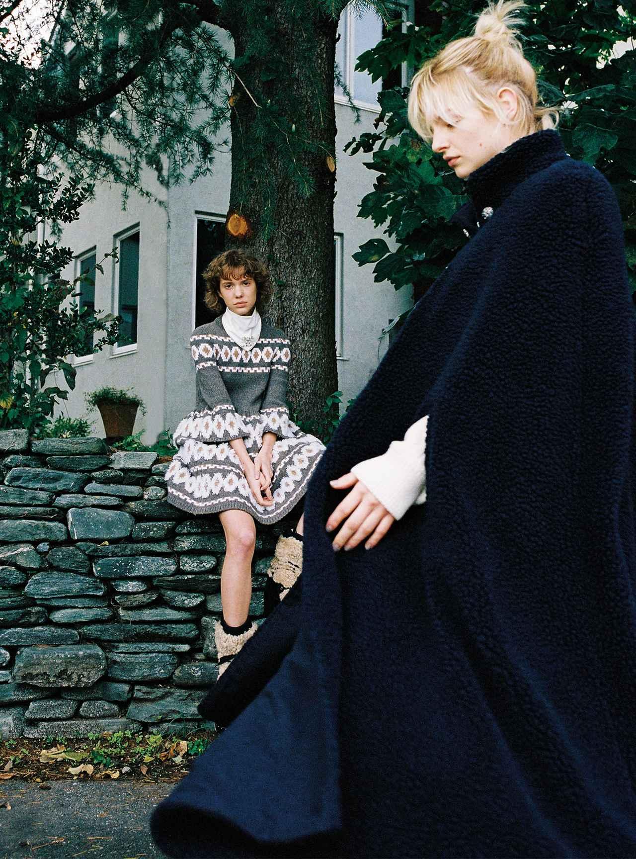 Images : 4番目の画像 - 「モコモコ、ふんわり。 包まれたいのは サスティナブルなぬくもり」のアルバム - T JAPAN:The New York Times Style Magazine 公式サイト