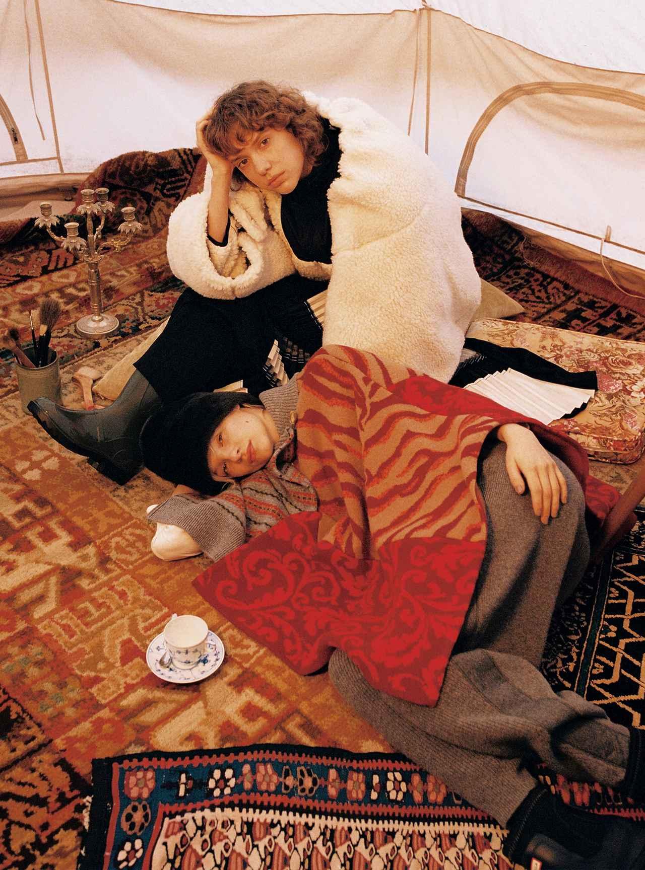 Images : 5番目の画像 - 「モコモコ、ふんわり。 包まれたいのは サスティナブルなぬくもり」のアルバム - T JAPAN:The New York Times Style Magazine 公式サイト