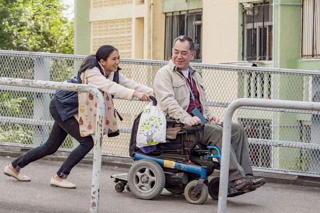 画像: 移ろいゆく四季のなか、世代や文化の異なる人間が心を通わせ合う映画『淪落の人』。香港スター、アンソニー・ウォンが新境地を見せる NO CEILING FILM PRODUCTION LIMITED © 2018