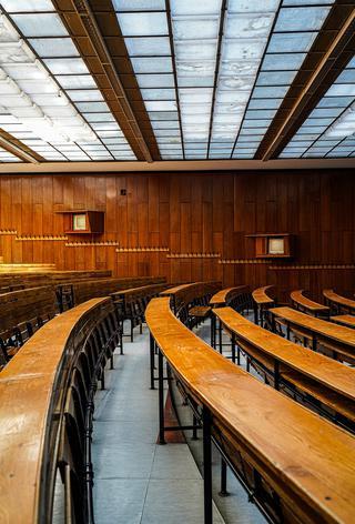 ブダペスト工科経済大学