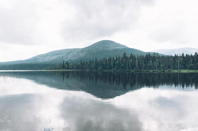 画像: 地球のもつエネルギーをも感じる、世界で最も美しいといわれるフィンランドの自然。コリ国立公園は、同国の作曲家シベリウスが交響詩「フィンランディア」のインスピレーションをここで得たことでも知られる。フィンランドの森林率は72.9%。先進国の中で1位。日本は68.5%で3位