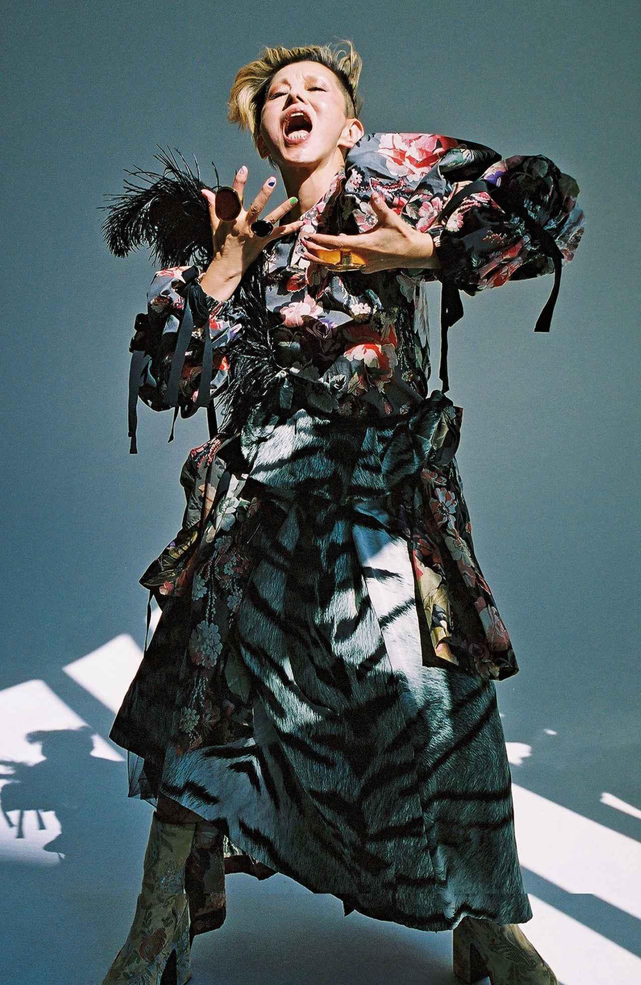 "Images : 8番目の画像 - 「人生の花のときーー 夏木マリが語る""愛""の話」のアルバム - T JAPAN:The New York Times Style Magazine 公式サイト"