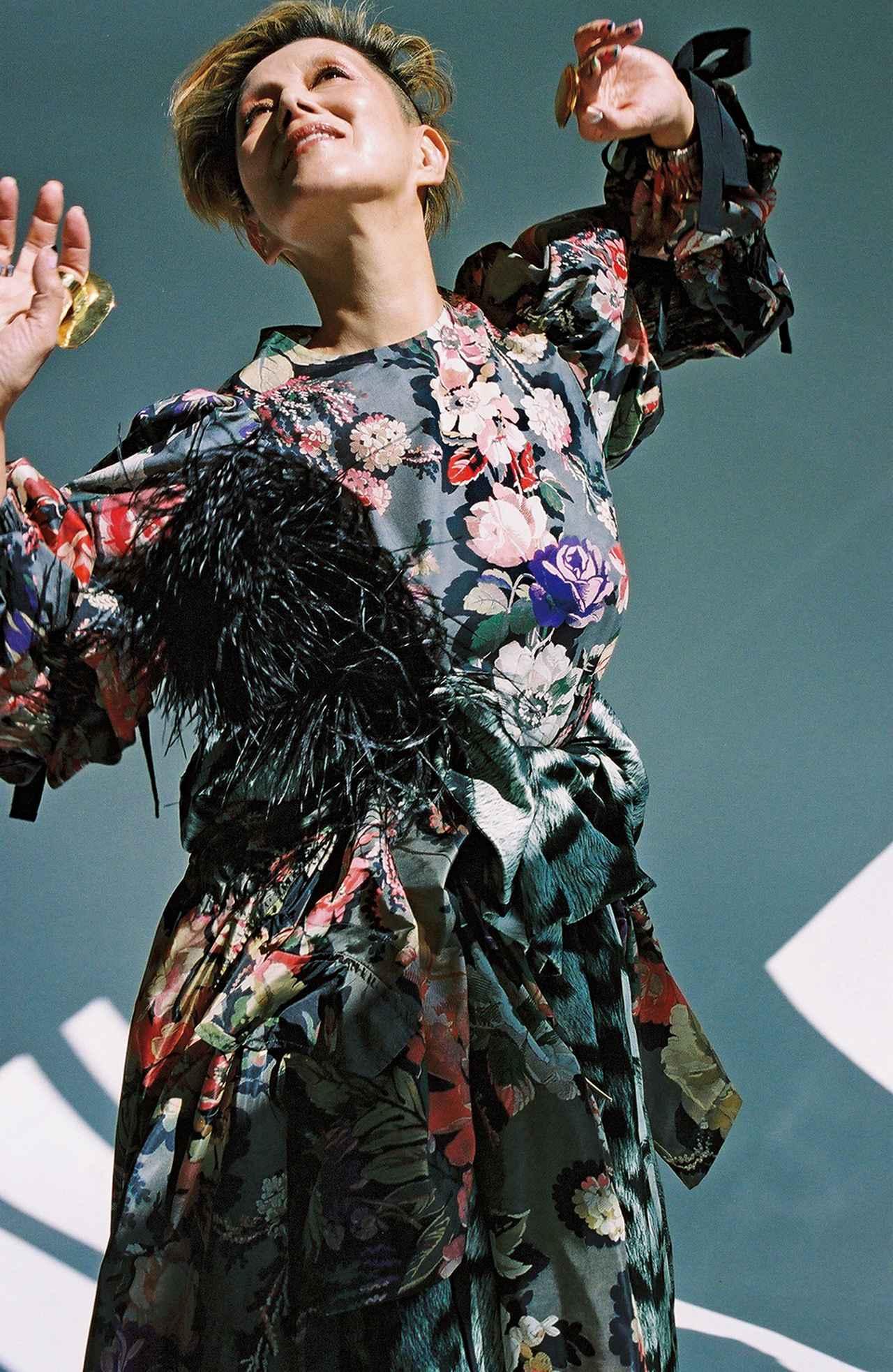 "Images : 9番目の画像 - 「人生の花のときーー 夏木マリが語る""愛""の話」のアルバム - T JAPAN:The New York Times Style Magazine 公式サイト"