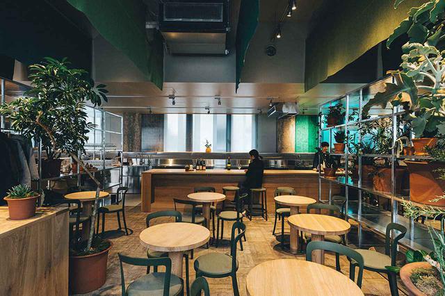 画像: 緑の中のカフェ「SWITCH COFFEE」 こだわりのコーヒー、シングルオリジンのドリップなど。営業時間は7:00〜17:00