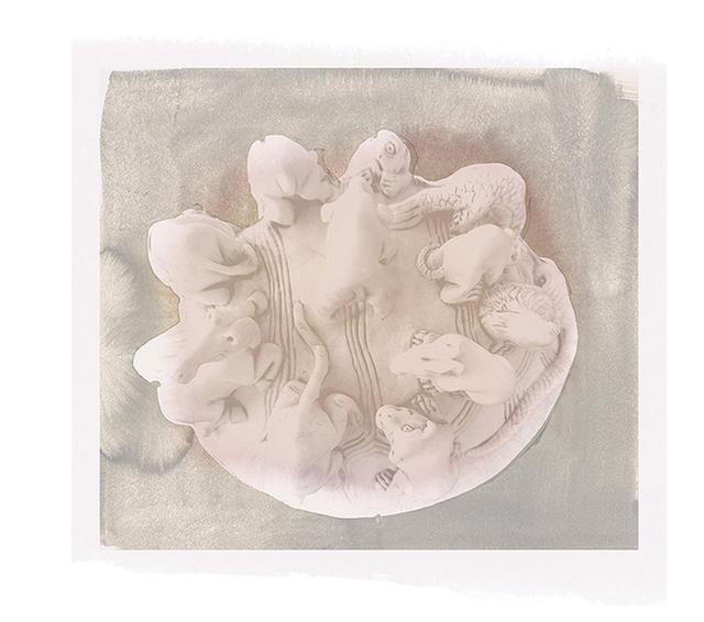 画像: 象牙の彫刻。1800年代頃
