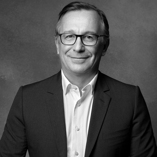 画像: BRUNO PAVLOVSKY(ブルーノ・パブロフスキー) シャネル ファッション部門兼シャネル SASプレジデント。フランス生まれ。2004年よりファッション部門プレジデントを務める。18年よりシャネルSASプレジデントを兼任 PHOTOGRAPH BY FRÉDÉRIC DAVID
