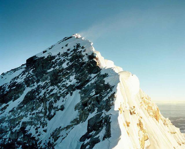 画像1: 『EVEREST 都市と極地の高みへ』展示作品 © NAOKI ISHIKAWA