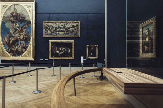 画像: 「再開後は《モナ・リザ》を約3メートルの距離で眺められるでしょう」とマルティネズ