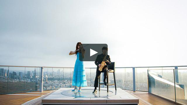 画像: 9月6日(日)より配信されている東京編のディザー動画 (左から)バイオリニストの荒井里桜、サックスフォーン演奏者の上野耕平 PHOTOGRAPHS & VIDEO: © FENDI vimeo.com