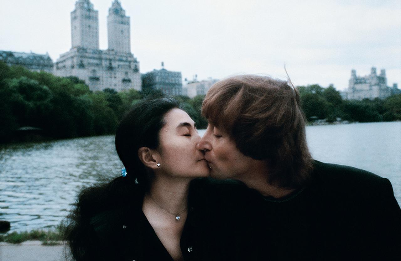 Images : 1番目の画像 - 「ふたりをよく知る4人が語る、 「愛と平和を求め続けた ジョンとヨーコの物語」」のアルバム - T JAPAN:The New York Times Style Magazine 公式サイト