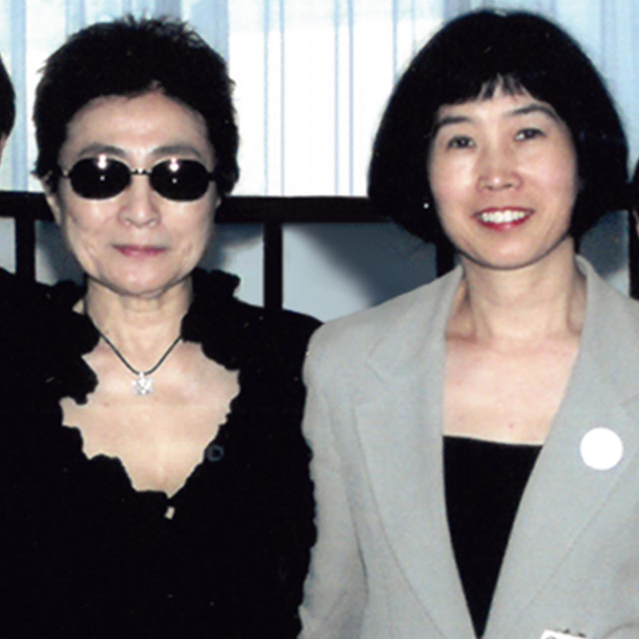 Images : 11番目の画像 - 「ふたりをよく知る4人が語る、 「愛と平和を求め続けた ジョンとヨーコの物語」」のアルバム - T JAPAN:The New York Times Style Magazine 公式サイト