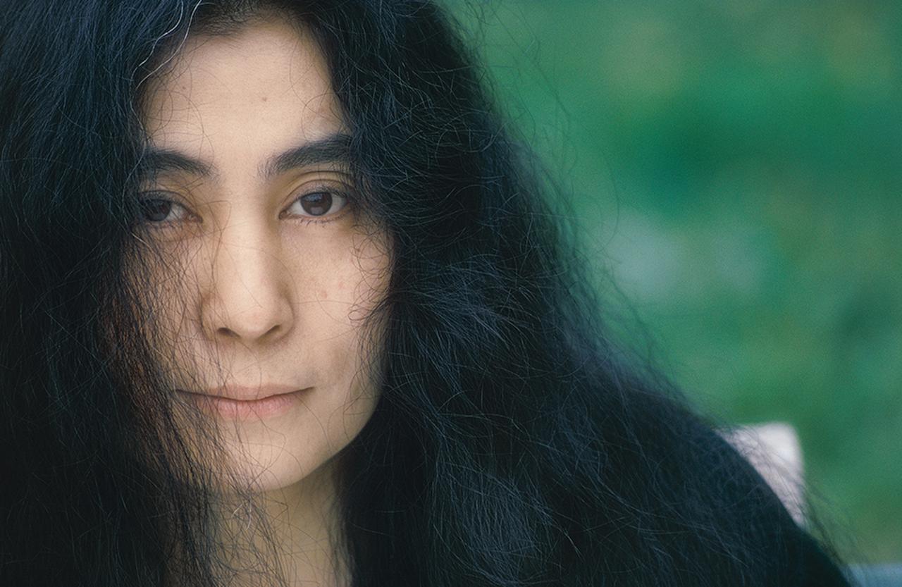 Images : 2番目の画像 - 「ふたりをよく知る4人が語る、 「愛と平和を求め続けた ジョンとヨーコの物語」」のアルバム - T JAPAN:The New York Times Style Magazine 公式サイト