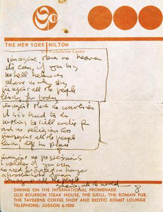 リバプールで行われた『DOUBLE FANTASY ― John&Yoko』より