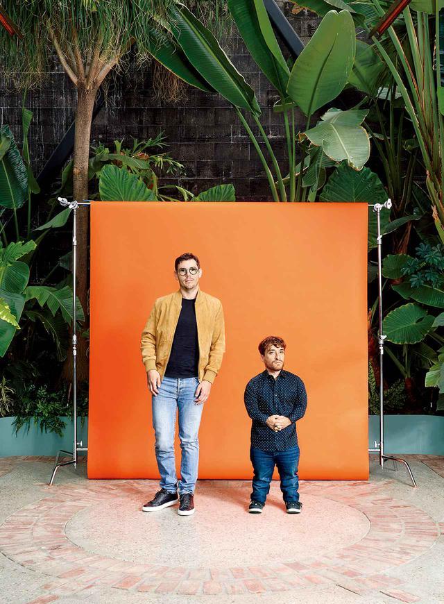 画像: (左から)俳優のライアン・オコンネルとニック・ノヴィッキー。ロサンゼルスにて2020年7月8日、フィリップ・チェンが撮影