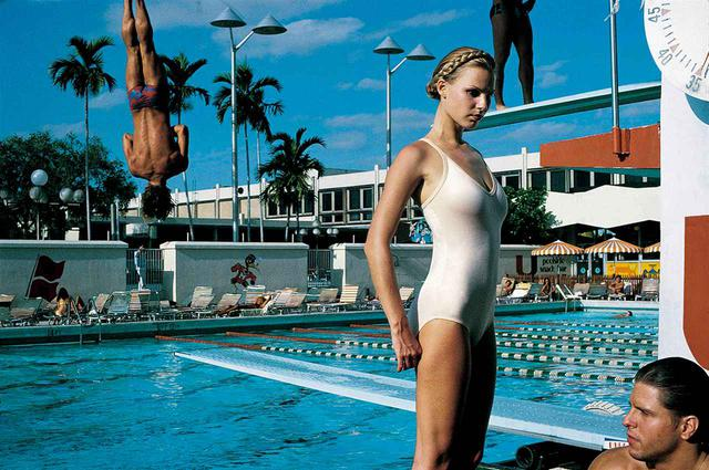 画像: ARENA, MIAMI, 1978 © FOTO HELMUT NEWTON, HELMUT NEWTON ESTATE COURTESY HELMUT NEWTON FOUNDATION