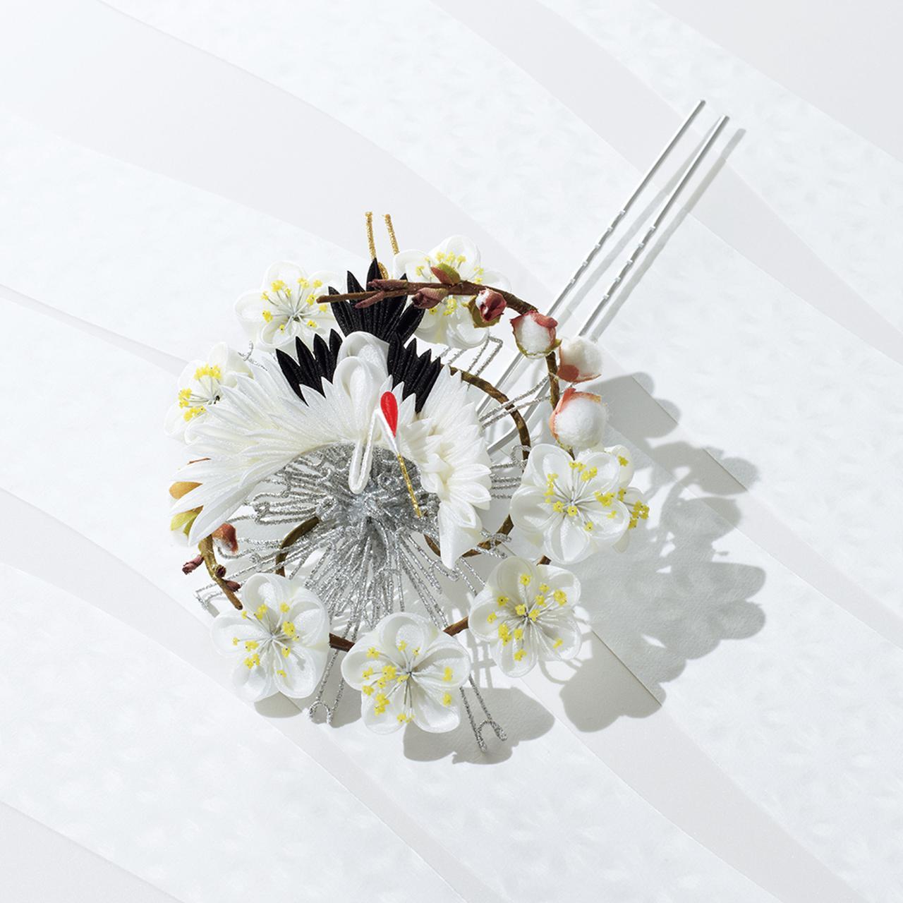 Images : hanakitanの「白梅と鶴のかんざし」
