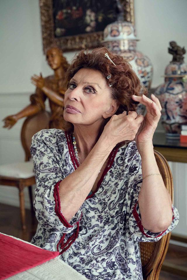 画像: 新作映画の監督を務めた息子のエドアルド・ポンティが自宅で撮影したソフィア・ローレン PHOTOGRAPH BY EDOARDO PONTI