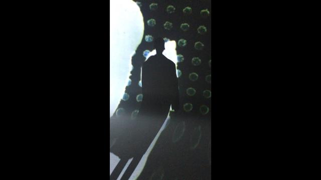 画像: Dries Van Noten Spring Summer 2021 - Video by Viviane Sassen www.youtube.com
