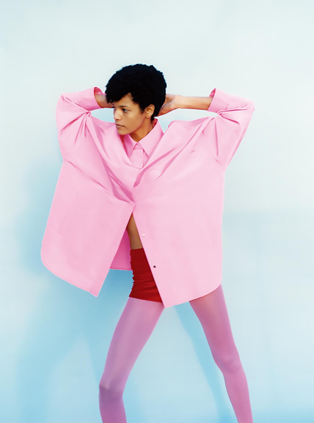 """Images : 5番目の画像 - 「""""私を幸福で満たす色"""" オール・イン・ピンクで 春のモード開花宣言」のアルバム - T JAPAN:The New York Times Style Magazine 公式サイト"""