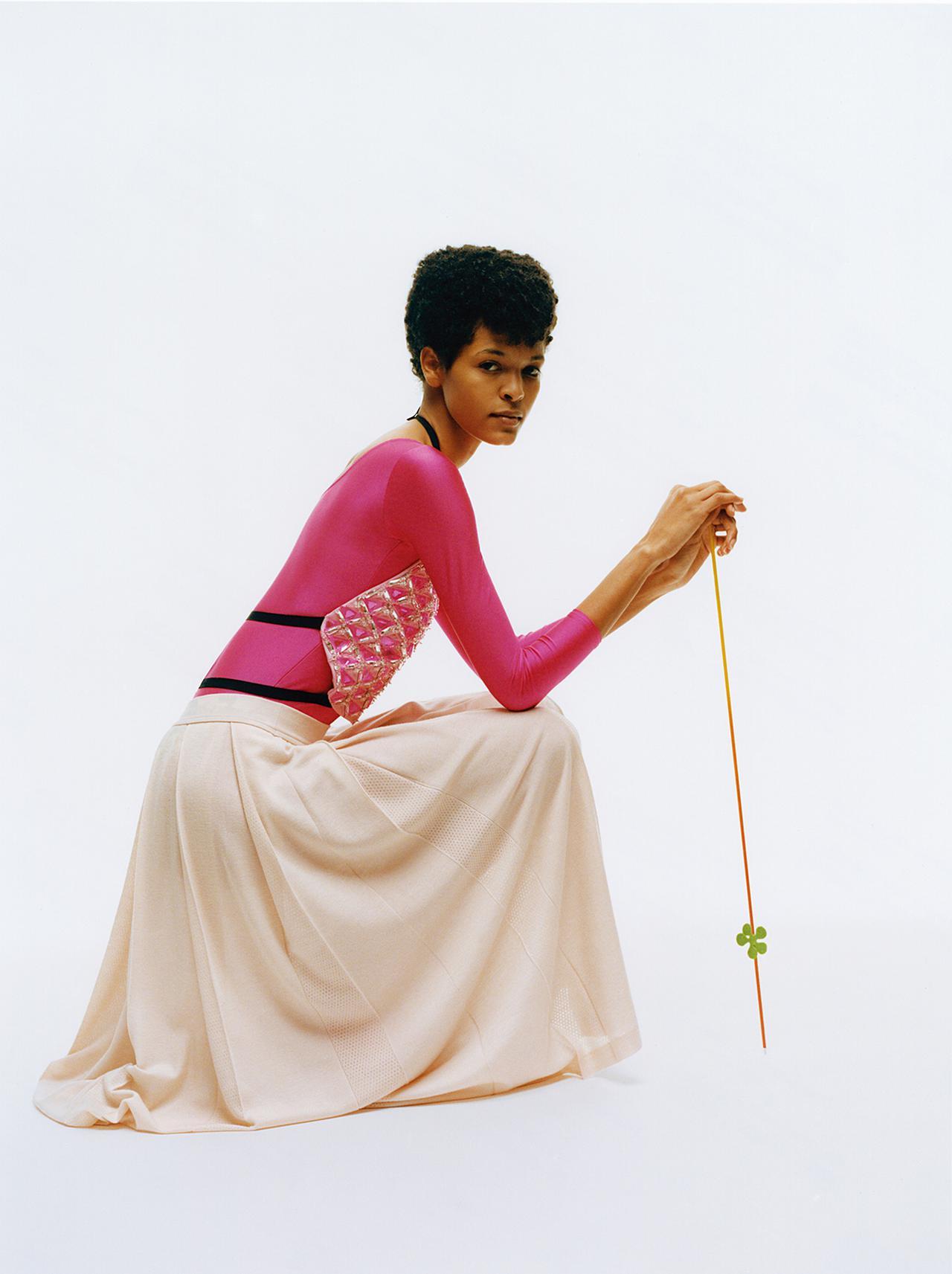 """Images : 6番目の画像 - 「""""私を幸福で満たす色"""" オール・イン・ピンクで 春のモード開花宣言」のアルバム - T JAPAN:The New York Times Style Magazine 公式サイト"""