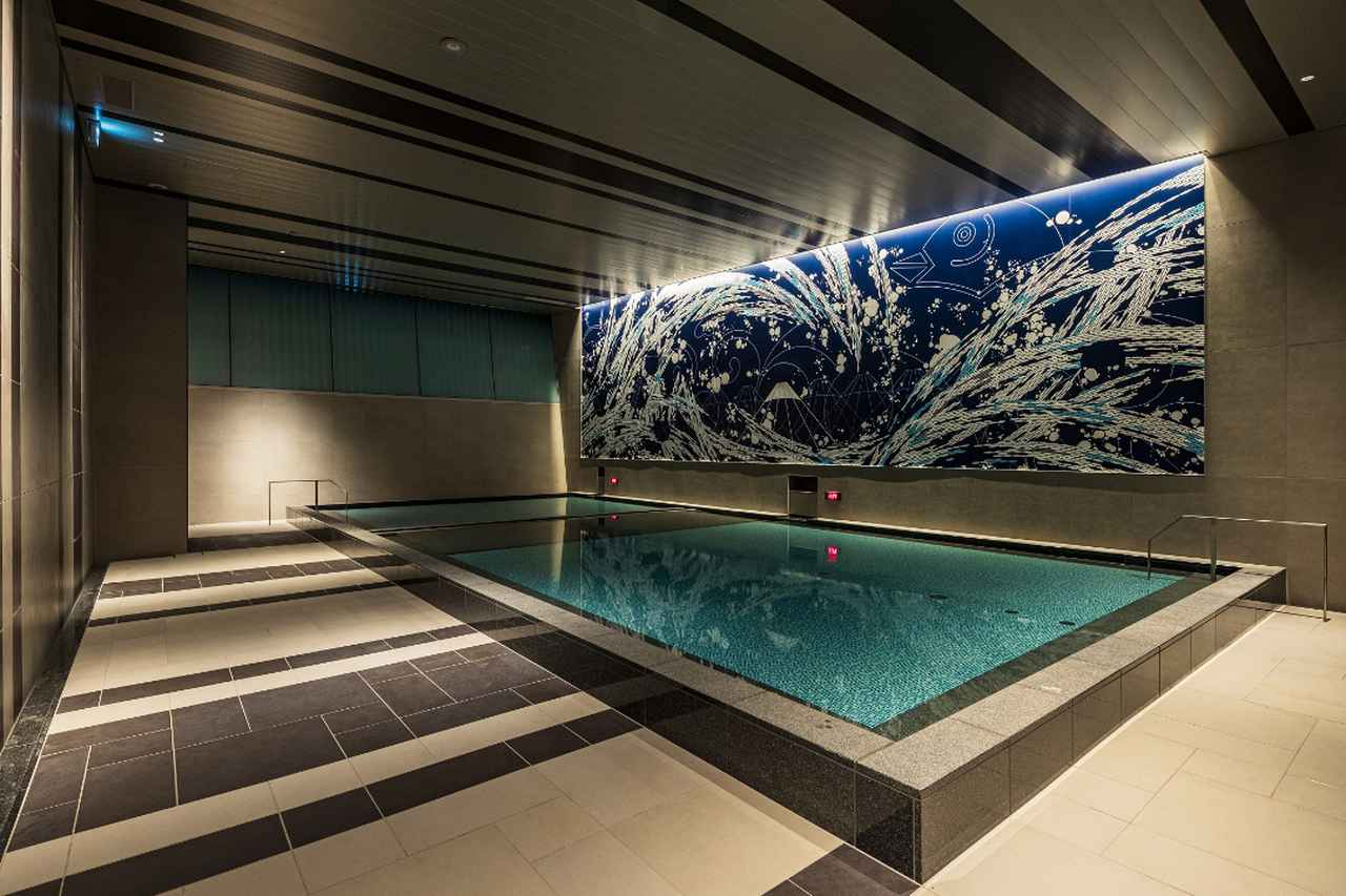 Images : 大浴場の「潮の湯」(写真は男湯)