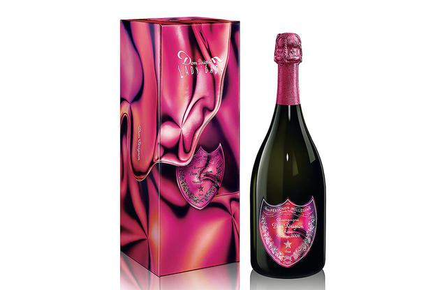 画像: 「ドン ペリニヨン ロゼ ヴィンテージ 2006 レディー・ガガ 限定ギフトボックス」¥50,270(2021年10月1日発売) レディー・ガガがデザインを手がけた限定品は、「ドン ペリニヨン ヴィンテージ 2010」と「ドン ペリニヨン ロゼ ヴィンテージ 2006」。写真は、レディー・ガガがその革新性に感銘を受け、「女王のためのシャンパーニュ」と呼んだロゼ PHOTOGRAPHS: COURTESY OF DOM PERIGNON
