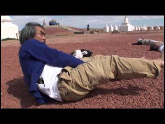 画像: 冒険家・風間深志と行く!モンゴルゴビ砂漠ラクダキャラバン2013 #1/3 youtu.be