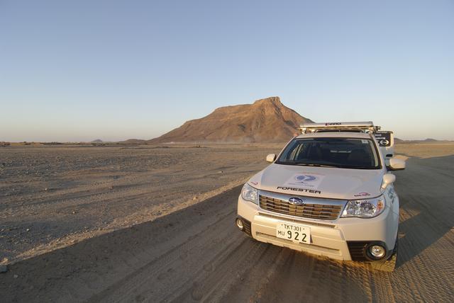 画像: 「運動器の10年」世界キャンペーンの国際親善大使として、4WDカーにてアフリカ大陸縦断11カ国、23,817.5kmを走破。