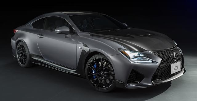 画像: RC F特別仕様車。カーボンパーツが多用され、レーシーな雰囲気に。