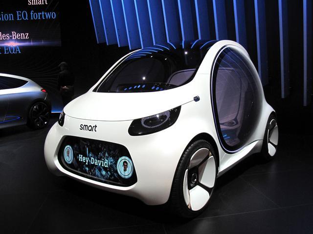 画像: 自動車の買い方から乗り方、移動方法まで、あらゆる新提案を持ってきたsmart