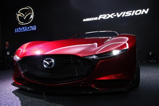 画像: 2015年にデビューしたRX-VISIONは当時、東京モーターショーで大きな話題を呼んでいた。