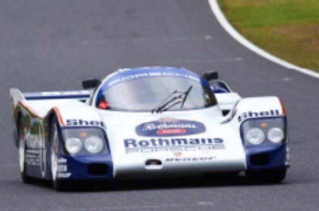 画像: 1986年 Porsche 962LM Rothmans ver. 1982年から世界耐久選手権(WEC)が始まるのに合わせてポルシェは956を投入。1984年にはアメリカの耐久シリーズIMSAとWEC用に962、962Cを開発。IMSAでは1985年から3年連続マニュファクチャラーズとドライバーズのダブルタイトルを獲得する大活躍。同時にル・マン24時間レースにも参戦し、1986年ジャガーやザウバーとの戦いを制して1-2フィニッシュを飾った。