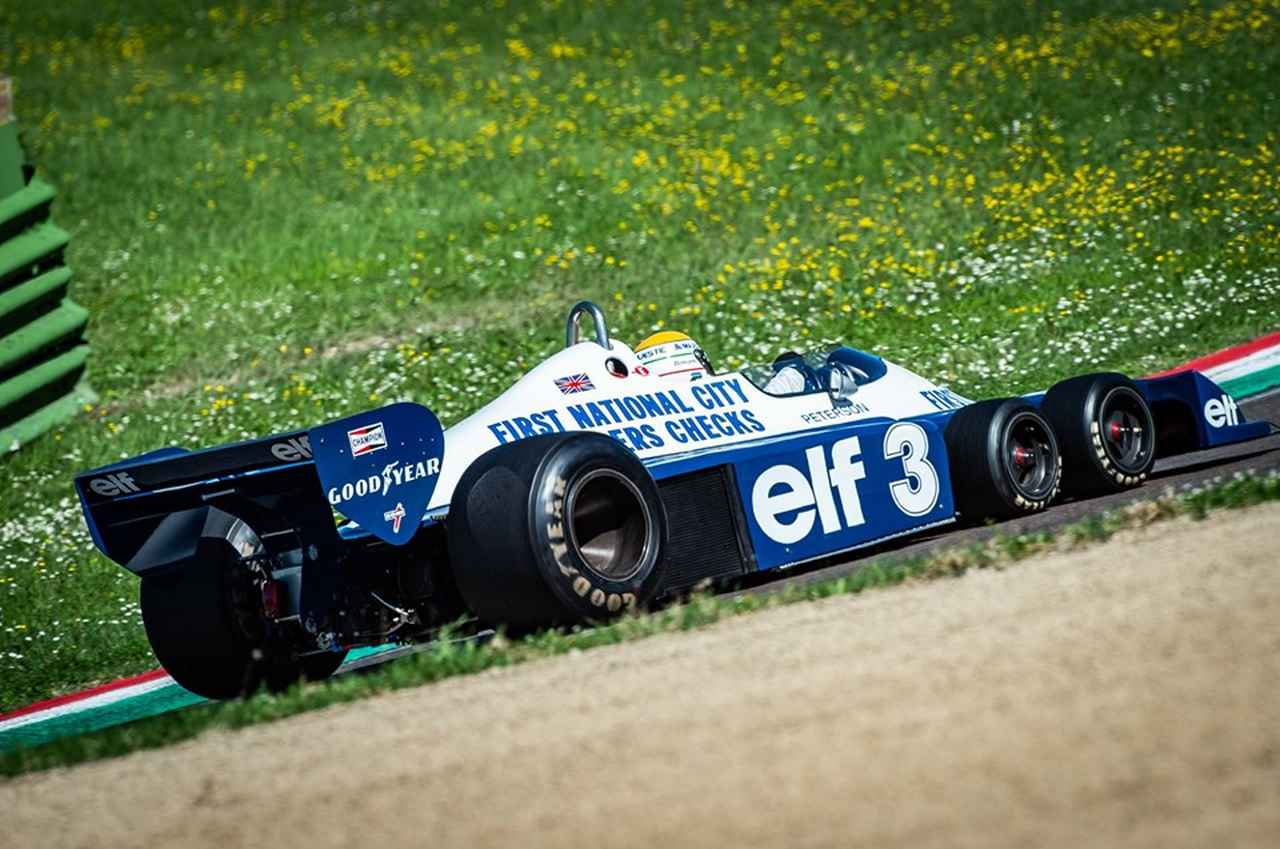 画像: 今年、イタリアのイモラで開催された「ヒストリック・ミナルディ・デイ」に参加したティレルP34の勇姿! 搭載するエンジンは当時F1プライベーターたちに愛された、コスワースV8です。 minardiday.it