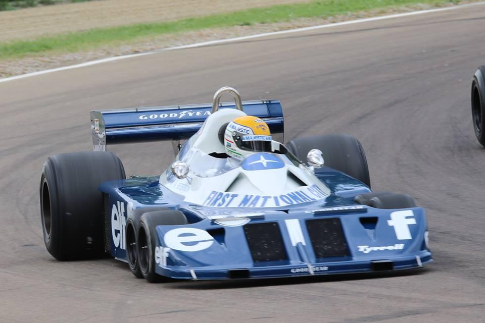 画像: 「ミナルディ・デイ」でP34をドライブするP.マルティニ。 minardiday.it