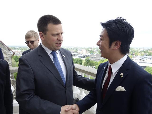 画像: ユリ・ラタス首相とエストニア・タリンにて