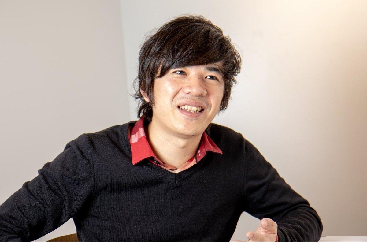 画像: 井口貝(いのくち・かい)東京都出身。国立東京工業高等専門学校で5年間の本科と2年間の専攻科を経て、中央大学大学院へ。合計9年間、情報工学を学ぶ。その後、新卒でNECソフト(現在のNECソリューションイノベータ)にSEとして入社。小売のECソリューション導入、要件定義から実装・運用までを4年間経験。2015年1月スマートニュースに入社。ニュース配信基盤全般の開発・保守運用を3年間経験し、2018年1月よりエンジニアリングマネージャーを務める