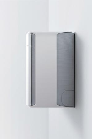 画像: 新開発の送風ファンを採用し、高効率熱交換器を組み合わせるなどしたことで、室内機の奥行きを業界最薄の185ミリに抑えた。形状も圧迫感がなく、周囲のインテリアとも調和する。
