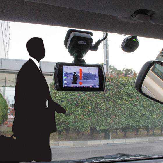 画像: 車から離れるときは、駐車監視機能が便利。オウルテックのOWL-DR06は、内蔵バッテリーだけでも5時間の駐車監視が可能。