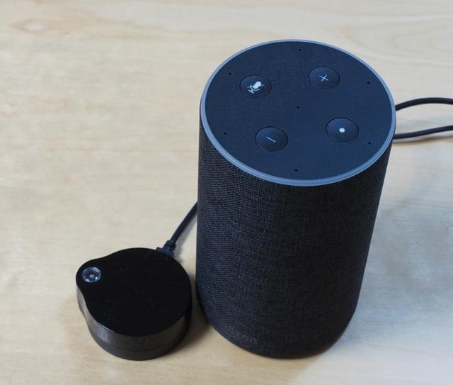 画像: スマートスピーカーと連係し、赤外線リモコンで操作可能な機器が、音声もしくはスマホで操作できるようになる。