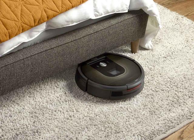 画像: ルンバの起動、掃除の開始のほか、停止や再開、ホームに戻るなどの操作も声で行える。Google Home、Amazon Echoに対応。