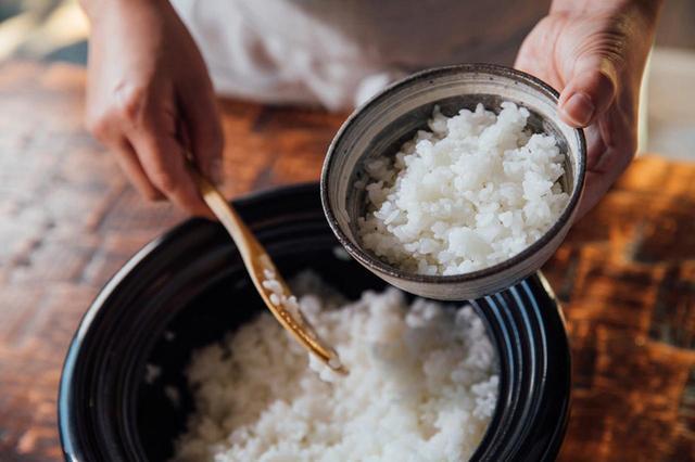 """画像: ヒット商品""""炊飯土鍋""""の特性はそのままに、電気で使える革命的炊飯器"""