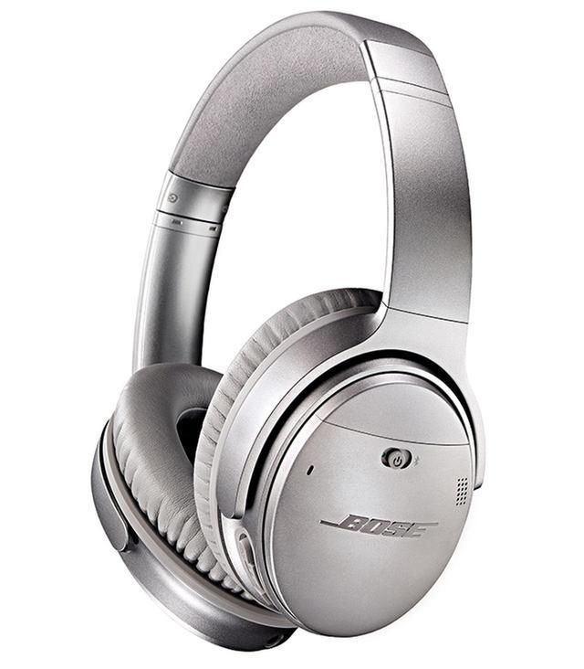 画像: NCタイプの定番、ボーズのQuiet Comfortシリーズの最上位モデル、QuietComfort 35 wireless headphones。ブルートゥースにも対応している。
